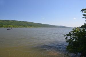 Bass-Fishing-Tennessee-River-Scottsboro-Alabama.