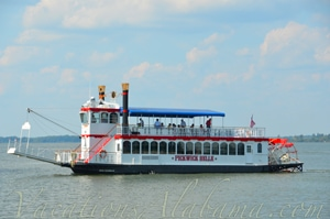 Pickwick Belle Riverboat