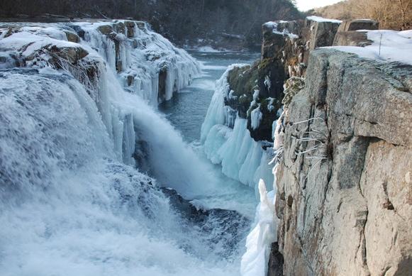 Highfalls Park-Dekalb County, Beautiful Alabama Waterfalls Frozen with ice and snow